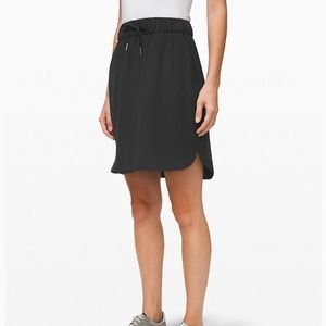 NWT Lululemon On the Fly Skirt